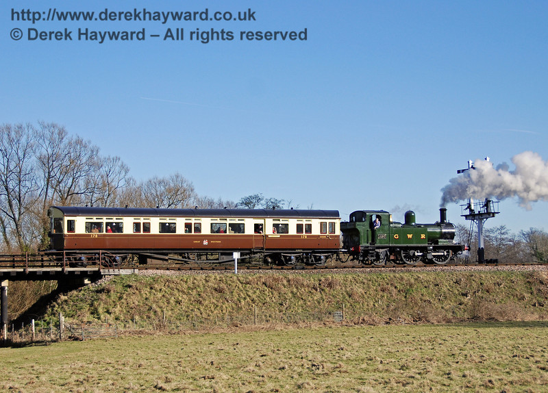 The GWR Auto train steams north out of Sheffield Park. 09.02.2008