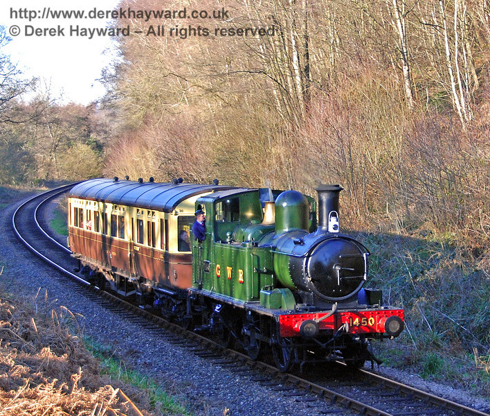 1450 leads the Auto train south through Lindfield Wood. 09.02.2008