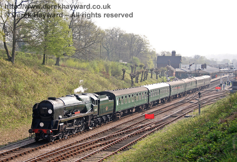34028 Eddystone steams away from Horsted Keynes. 14.04.2007