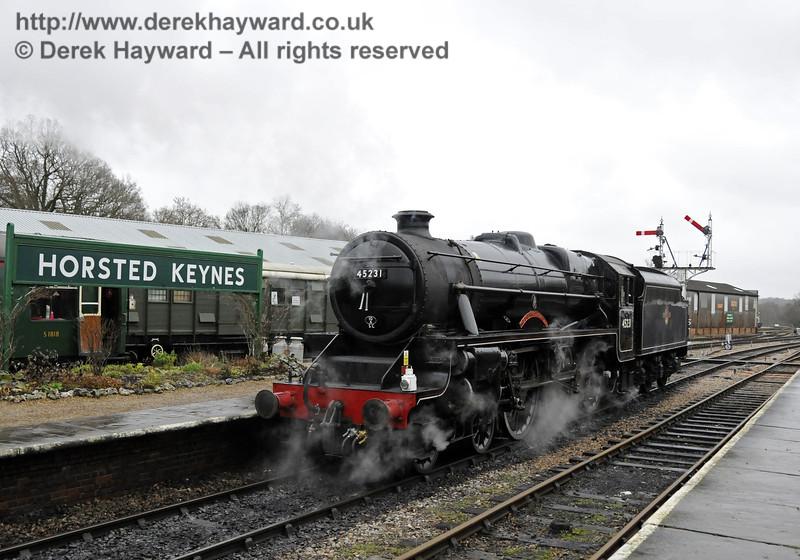 45231 shunts at Horsted Keynes.  14.12.2013  9863