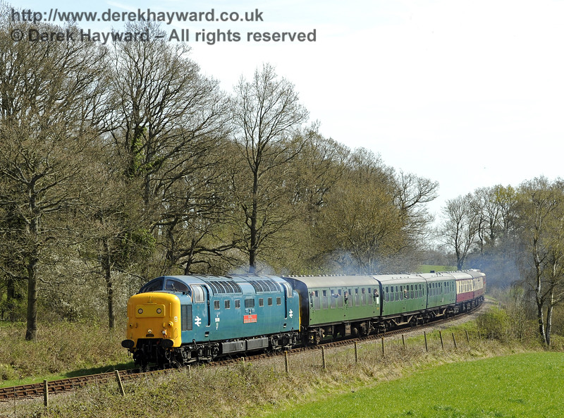 55019 Royal Highland Fusilier runs north from Sloop Bridge.  17.04.2015  10728
