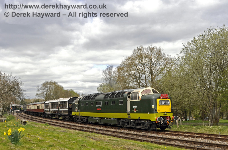 D9009 Alycidon leaves Kingscote.  19.04.2015  12307