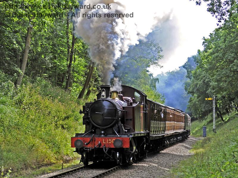 L150 steams north towards Black Hut.  01.09.2013  8025