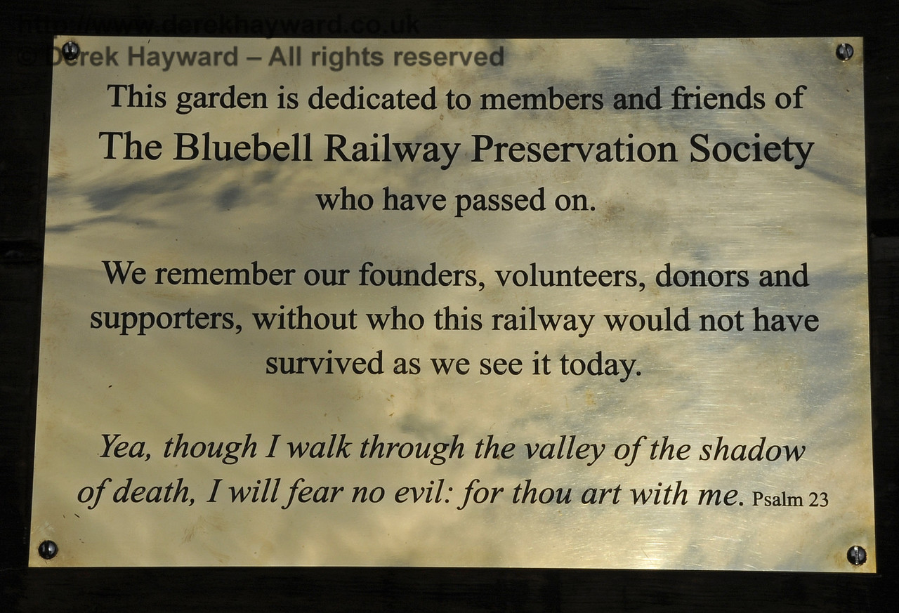 The main memorial plaque.  03.07.2011  2120   (Apologies for the intrusion of watermarking into this picture - it is sytem generated and it is not possible to remove it from individual pictures).