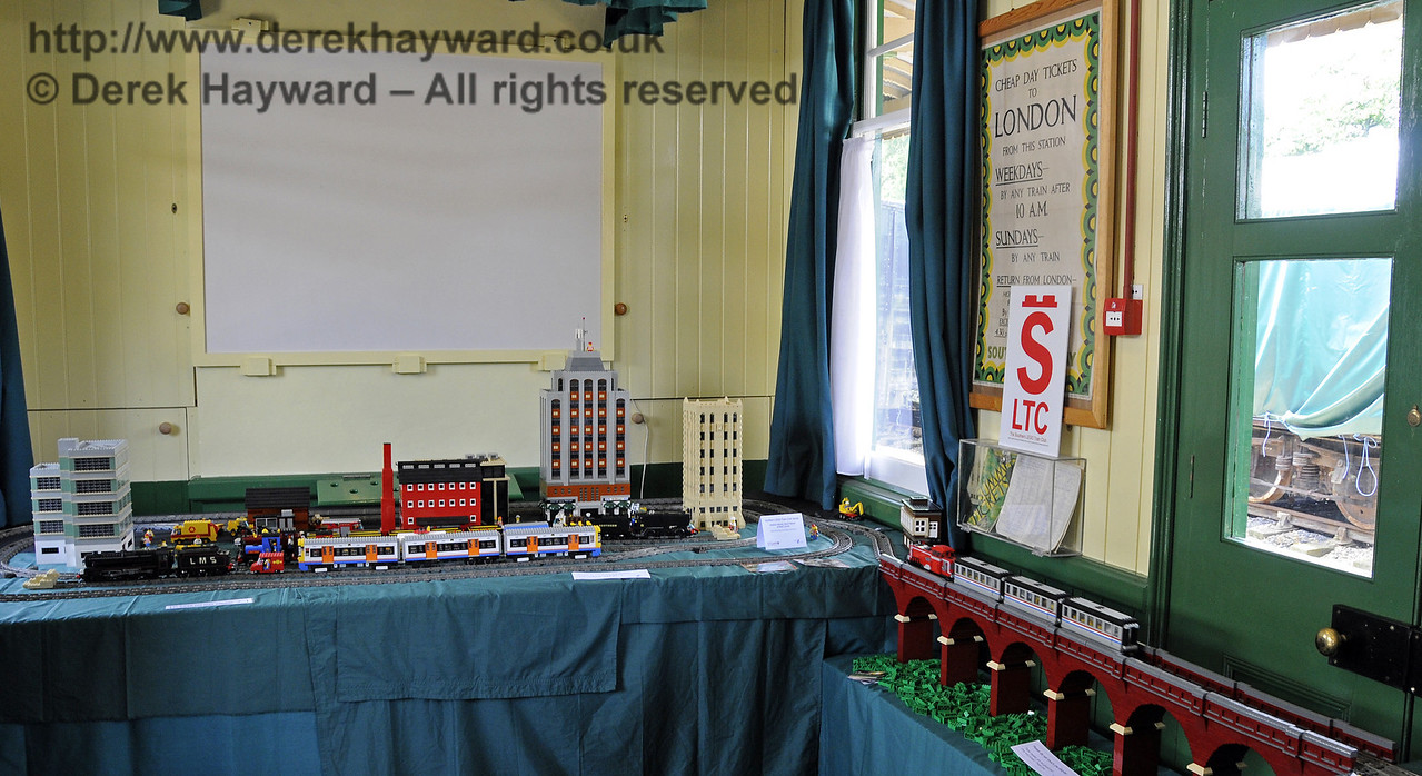 The Southern Lego Train Club.  Model Railway Weekend, Horsted Keynes, 30.06.2013  9254