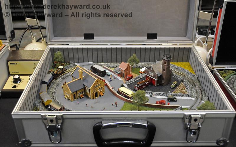 Layouts in a briefcase.  Model Railway Weekend, Horsted Keynes, 30.06.2013  9344