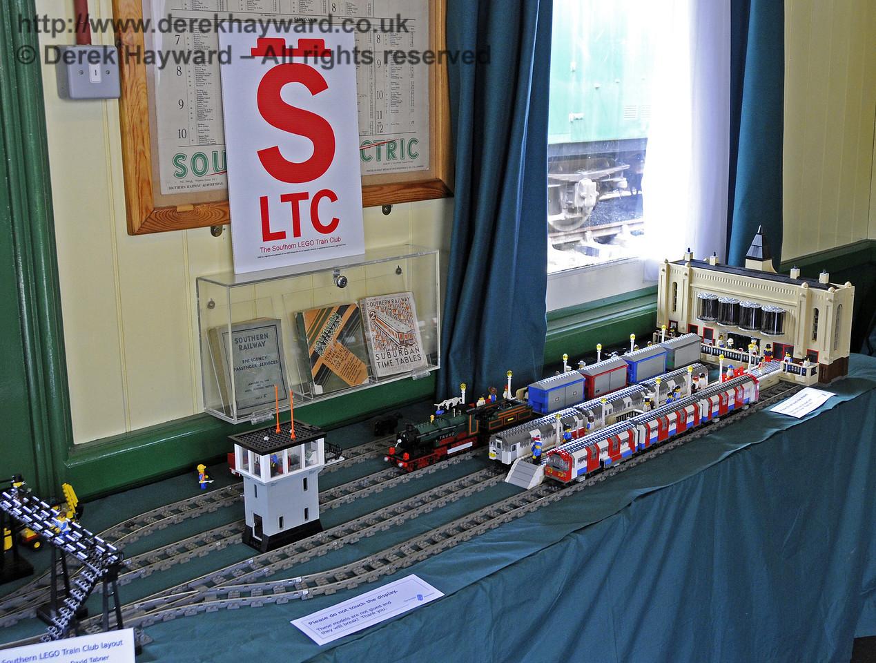 The Southern Lego Train Club.  Model Railway Weekend, Horsted Keynes, 30.06.2013  9256