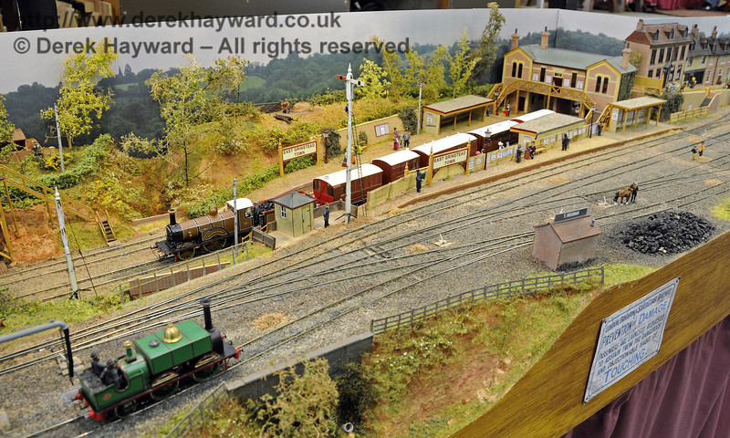 East Grinstead Town Station.  Model Railway Weekend, Horsted Keynes, 30.06.2013  9311