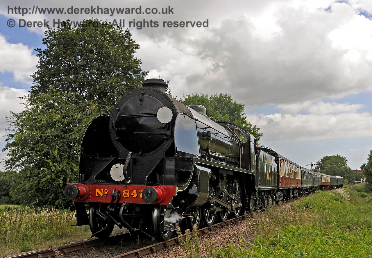 847 steams north from Sheffield Park.  27.06.2015  13113