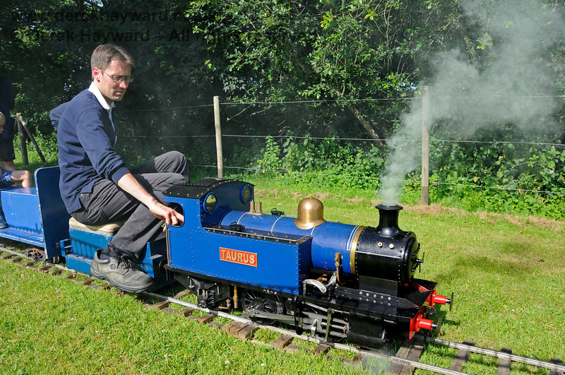 The miniature railway in operation at Kingscote.  Model Railway Weekend, 29.06.2019 19597
