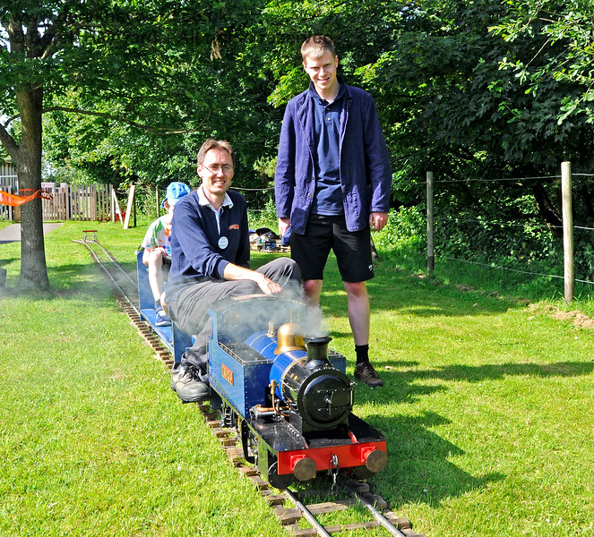 The miniature railway in operation at Kingscote.  Model Railway Weekend, 29.06.2019 19594