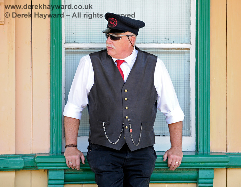 A porter on duty at Horsted Keynes (I am not sure what Preservation Standards would make of the sunglasses).  29.06.2019 17189