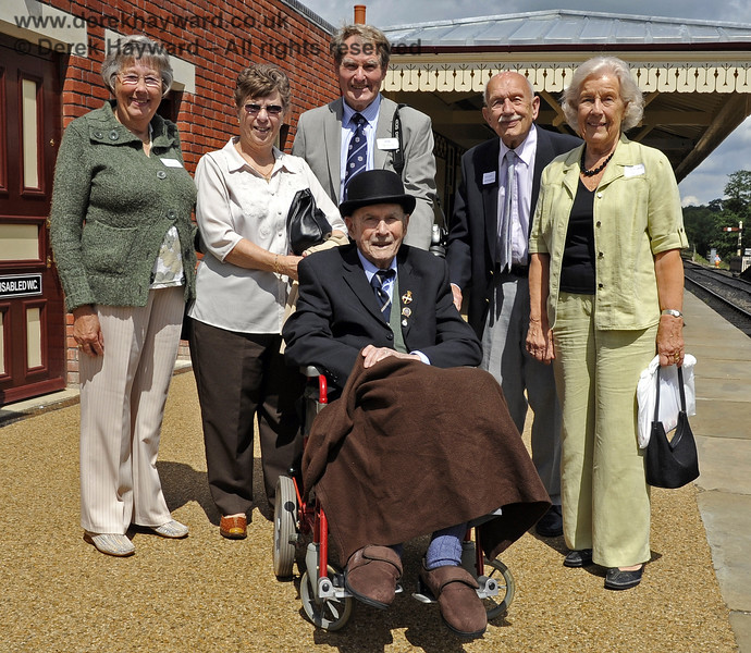 The late Bernard Holden MBE, President BRPS, poses, with friends, on one of his regular visits to Sheffield Park.  23.06.2011  1803
