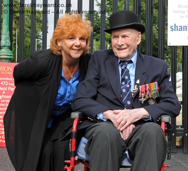 The late Bernard Holden MBE, President BRPS, with BRPS Press Officer, Avril Gaynor.  East Grinstead 05.09.2010  4622