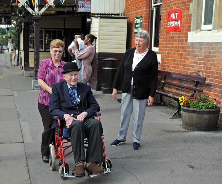 The late Bernard Holden MBE, President BRPS undertaking one of his regular Presidental Inspections at Sheffield Park station.  05.09.2010  4668