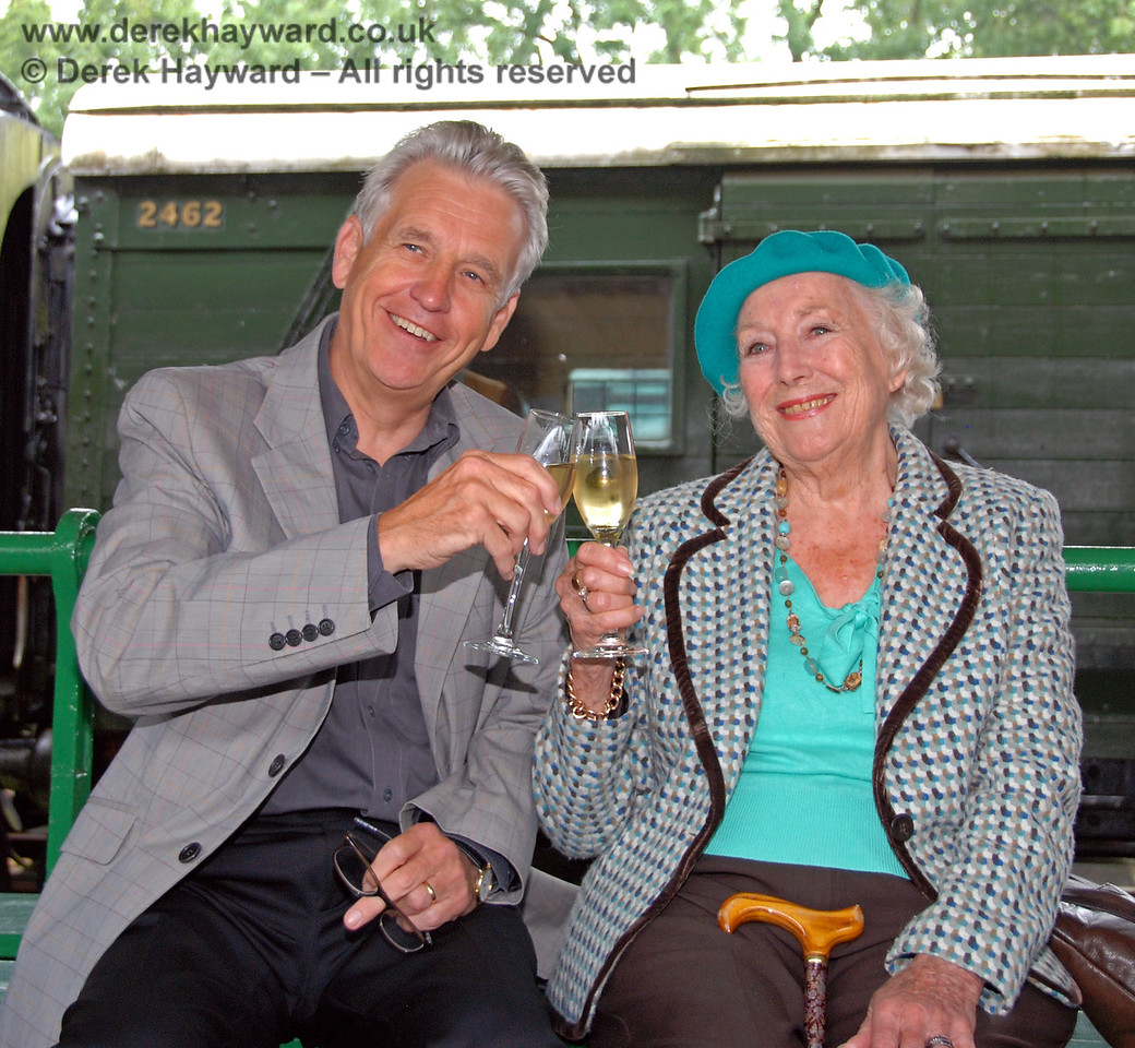 Dame Vera Lynn and Nicholas Owen at the launch of the Bluebell Railway 50th Anniversary Appeal.  Horsted Keynes 07.08.2009