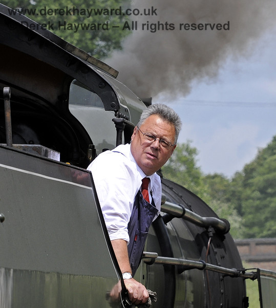 """A crew member on 1638 watches for the """"Right Away"""".  Horsted Keynes  23.06.2012  8146"""