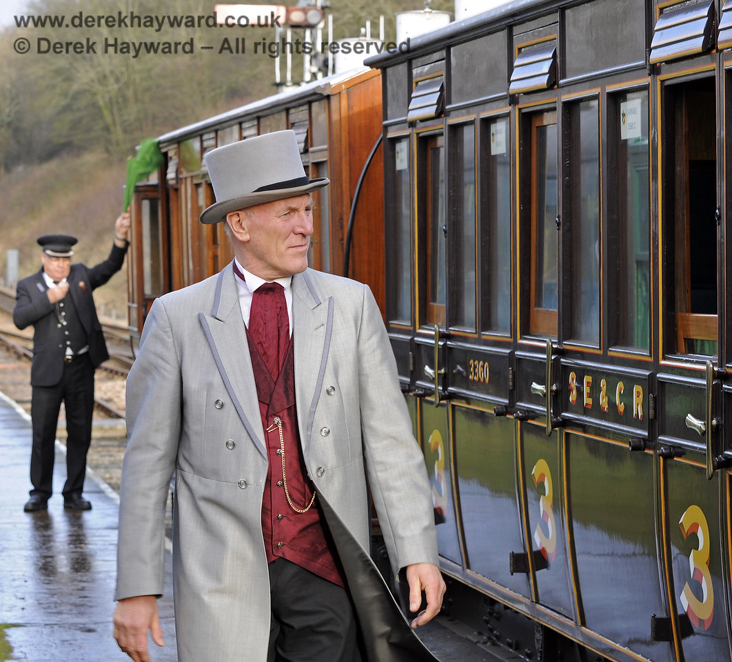 A Victorian gentleman (David Cockram) strides down Horsted Keynes platform during the Victorian Christmas event.  21.12.2012  8433