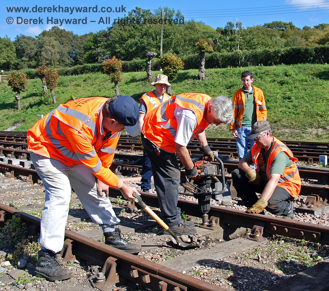 The PWay team give a demonstration of their skills at Horsted Keynes.  12.09.2009