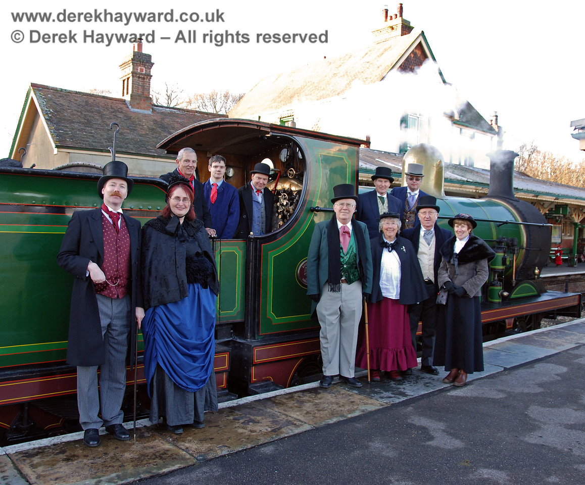 Some of the Victorian Christmas team pose at Kingscote with 592.  02.01.2010