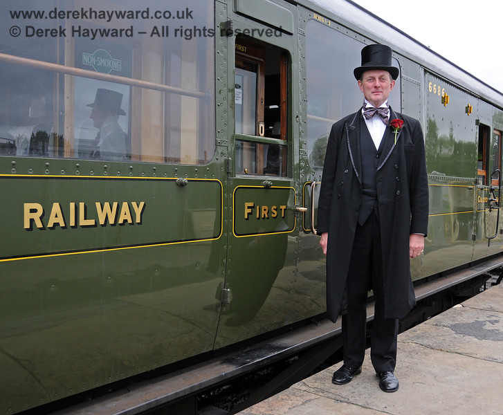 A very smart gentleman at Sheffield Park.  06.08.2010  3599