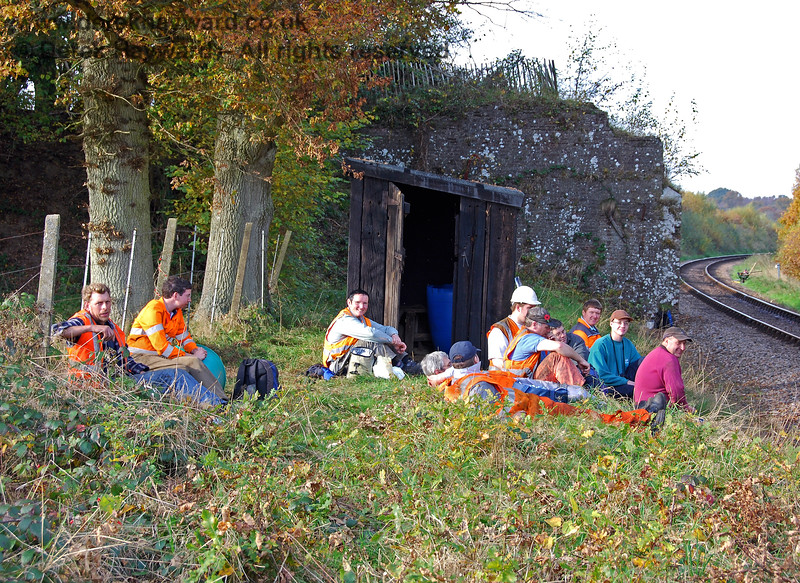 Having caught the Fencing Gang taking a break it was inevitable that the PWay gang would eventually suffer the same fate.  What baffles me is how they all fit inside the hut?  04.11.2007