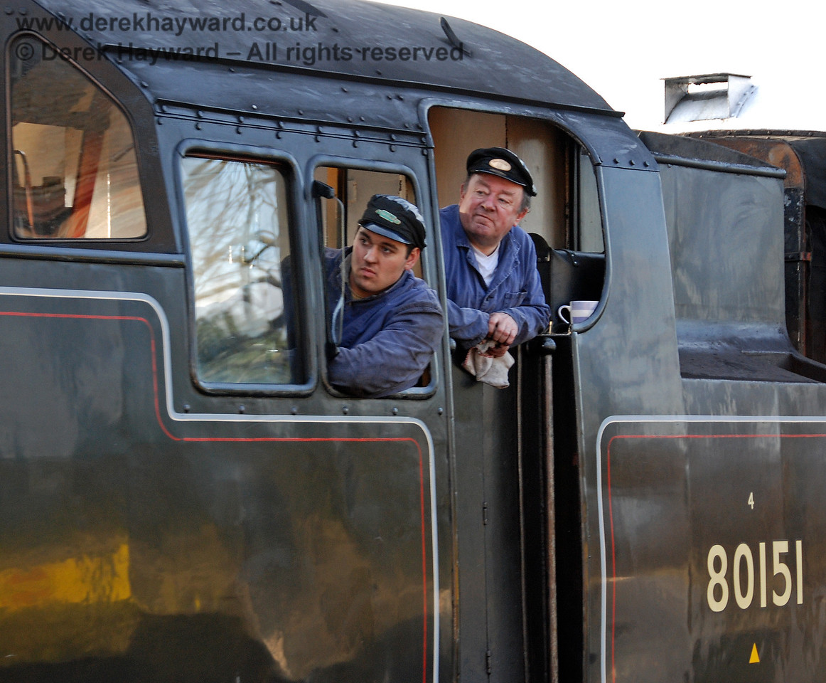 The crew of 80151, deep in concentration, as they arrive at Sheffield Park.  22.03.2009