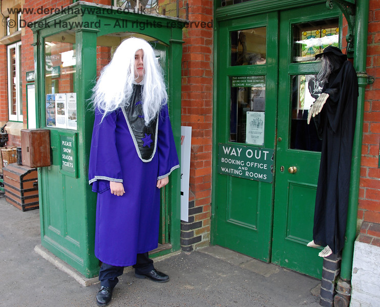 A new uniform for the ticket collectors at Horsted Keynes was given a trial run, but did not meet with universal approval.   25.10.2008