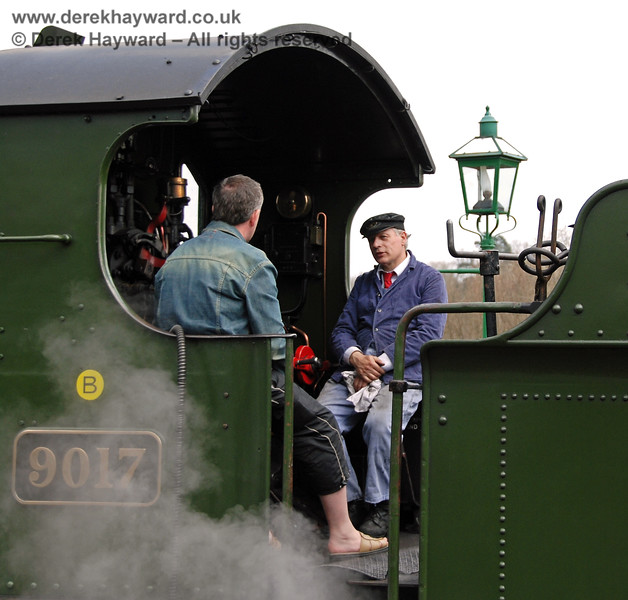The driver of 9017 chats to a visitor to the footplate at Kingscote.  09.04.2007