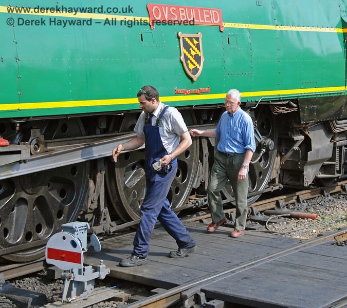 John Fry, Chairman of the Bulleid Society, checks the health of 21C123 OVS Bulleid on a very hot day.  Sheffield Park 10.05.2008