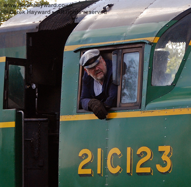 The late Phil Stoneman looks out from the fireman's side of 21C123 Blackmoor Vale.  05.10.2007