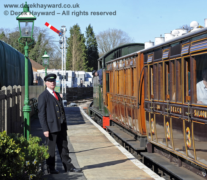 Waiting for the off at Kingscote.  16.03.2014  8731