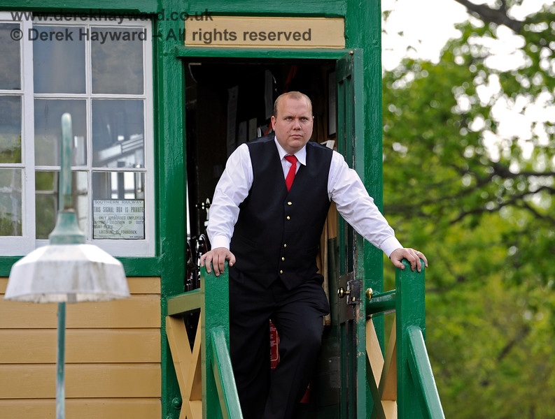 The Horsted Keynes signalman views all before him from his lofty position.  09.05.2015 11058