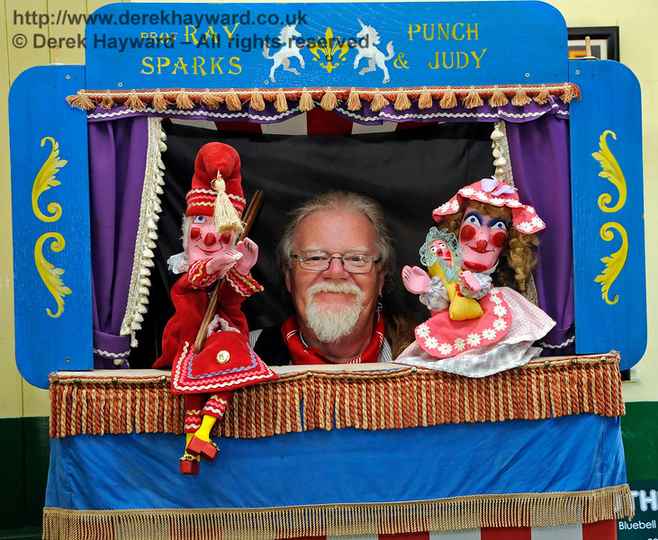 Punch and Judy at Horsted Keynes with Ray Sparks.  Ray is the one in the middle, in case you were wondering. 26.08.2016 16270