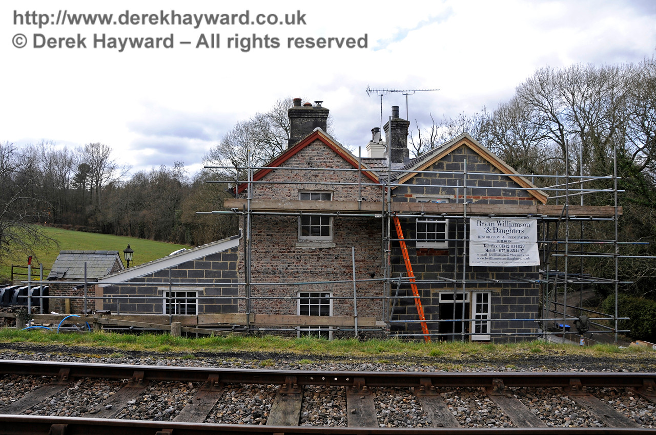 Progress on the extension to the former railway cottages at Kingscote.  28.02.2016  14554