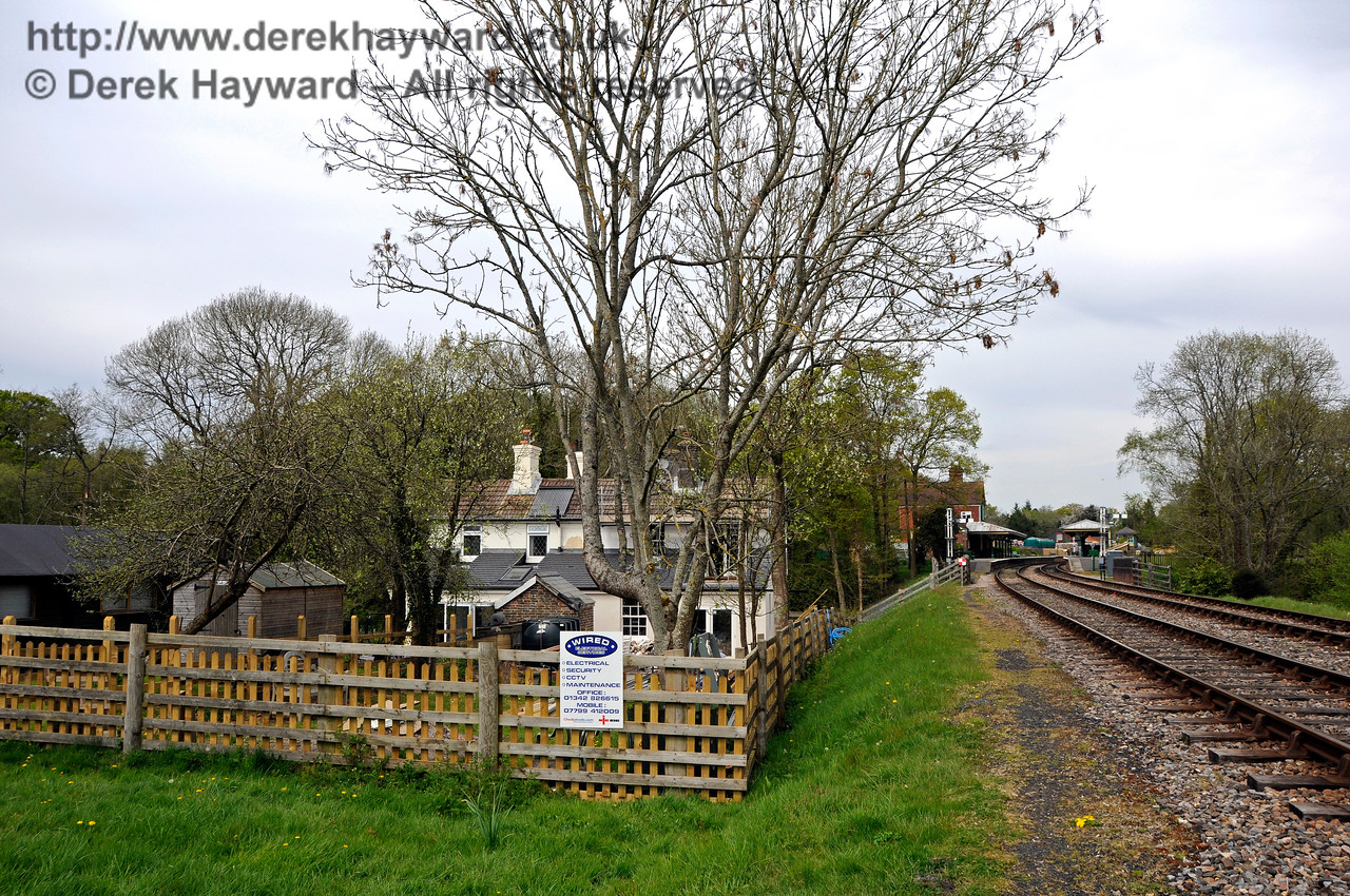Progress on the extension to the former railway cottages at Kingscote.  07.05.2016  15060
