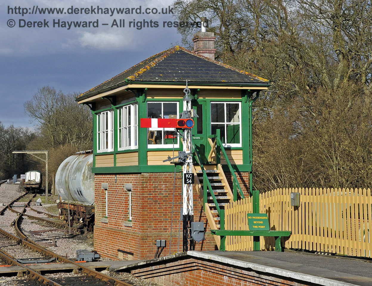 The starting signal (KC54) at the north end of Kingscote Station, outside Kingscote Signal Box.  17.02.2013  6173