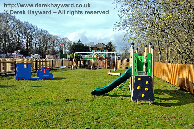 The new Play Area at Kingscote.  23.03.2018 18155