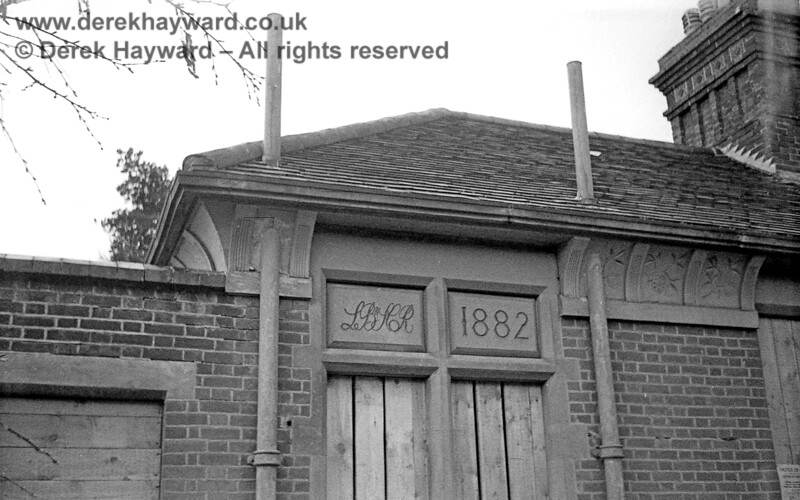 Newick & Chailey Station captured on 12 April 1965 in some lovely images taken by John Attfield.  John retains all rights to these images but has kindly allowed me to use them on my site.  The basic design of the station buildings along the line was fairly standard (allowing for the particular problems caused by this graded site) and all the buildings carried the LB&SCR 1882 markings.