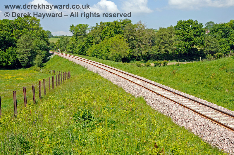 Looking north from Rock Cutting towards Tremains foot crossing shortly after track renewal. 20.05.2018 18367