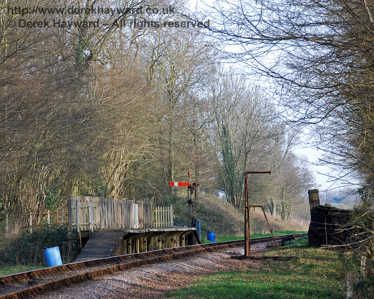 A wider view of Ketches Halt, looking south, on 02.04.2007