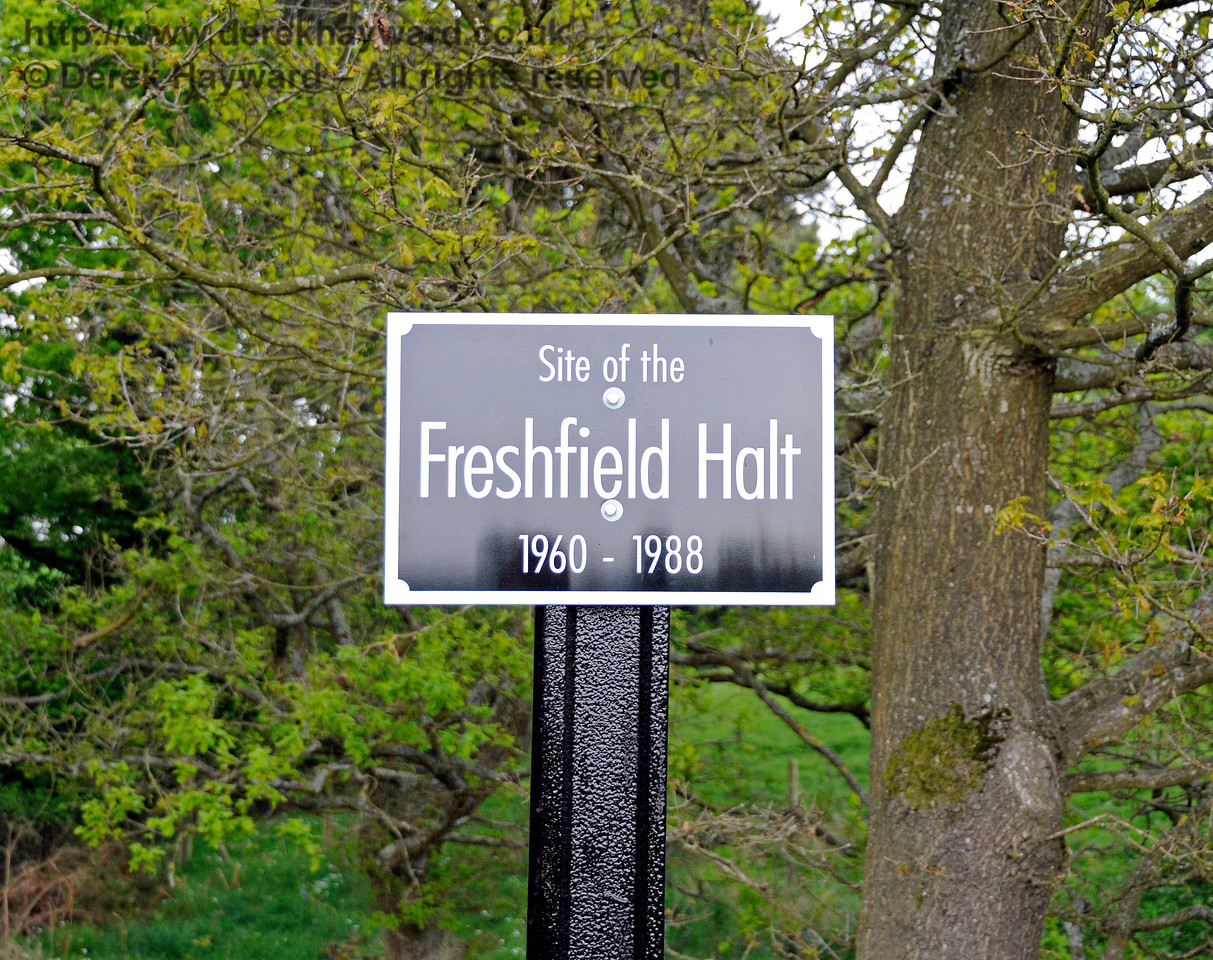 In 2011 the railway erected a sign marking the former site of Freshfield Halt. The halt itself was demolished completely after it ceased to be used. 28.04.2011 6920
