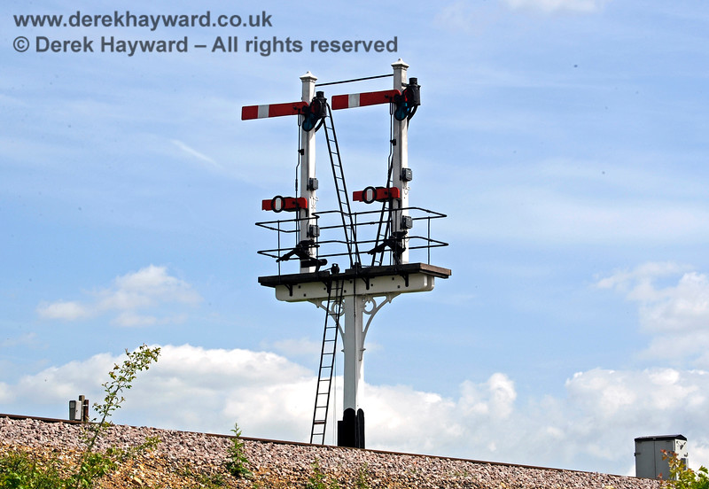 The newly refurbished Inner Home bracket signal at Sheffield Park.  18.05.2018 16443