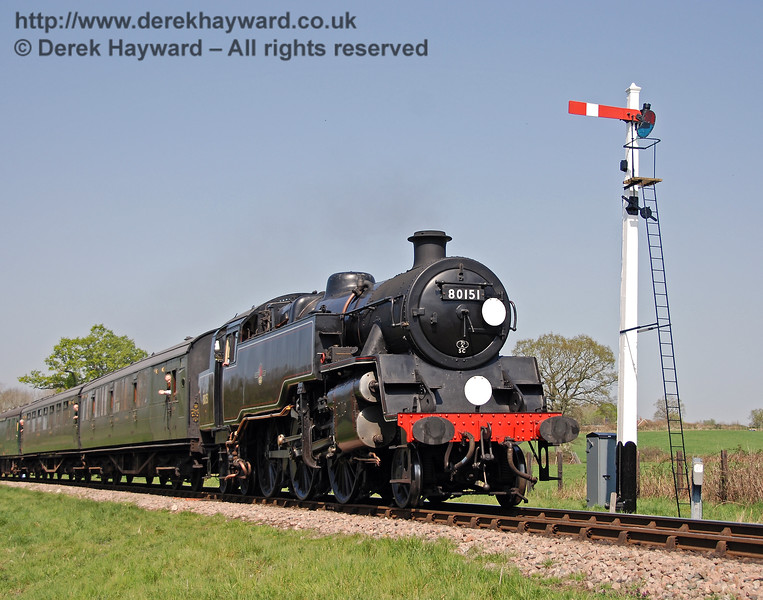 The same signal is featured later in the month as 80151 arrives at Sheffield Park. 15.04.2007