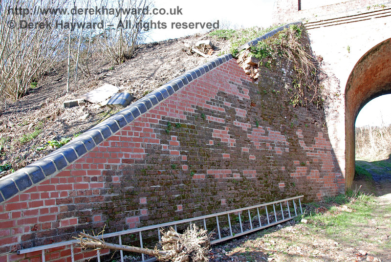 A closer view of the repairs at Oakham Bridge.  It can be seen that a significant number of bricks were being replaced. 11.03.2007