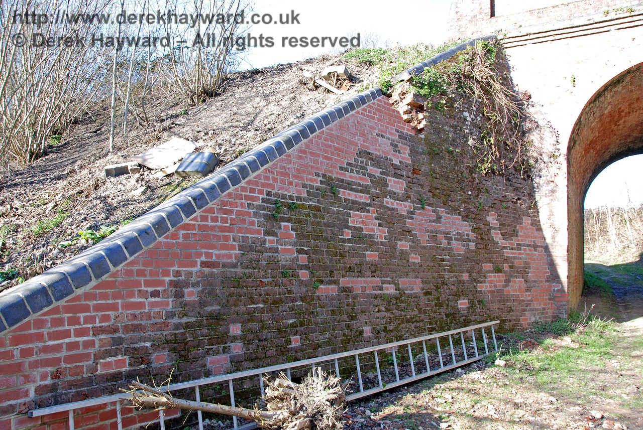 A closer view of the repairs at Oakham Bridge.  It can be seen that a significant number of bricks are being replaced. 11.03.2007