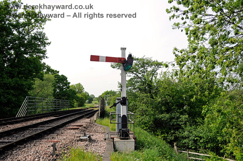 The same signal, now a little weathered, photographed on 18.05.2018 18335