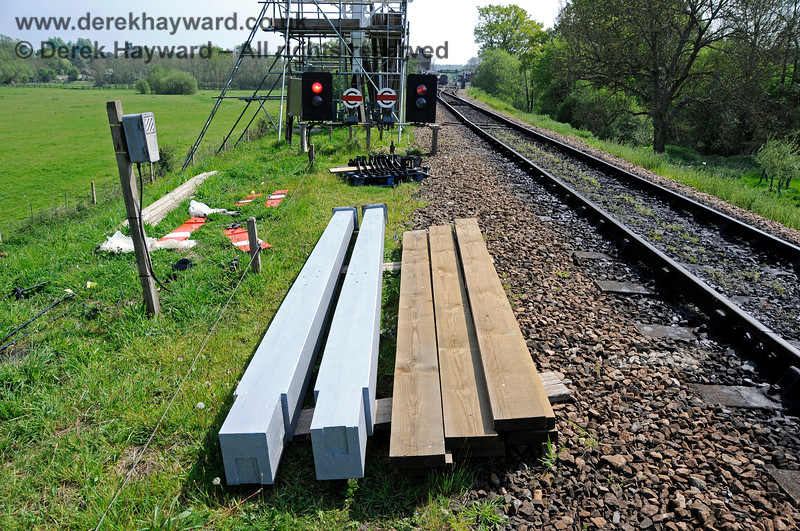 Components for the Sheffield Park Inner Home bracket signal awaiting installation. 06.05.2017 17110