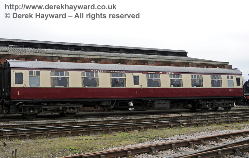 An exterior view of the Wealden Rambler Lounge Car Ashdown.  05.04.2014  10232