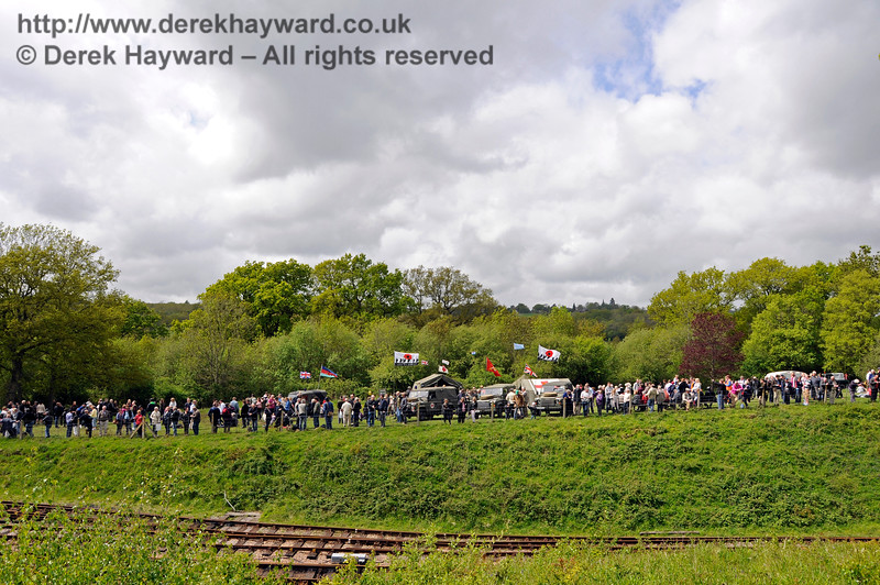 A very full top field.  Southern at War, Horsted Keynes,  10.05.2015  12531